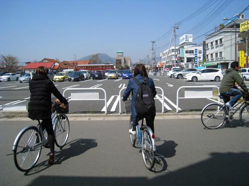 今回も現地では自転車で移動です!